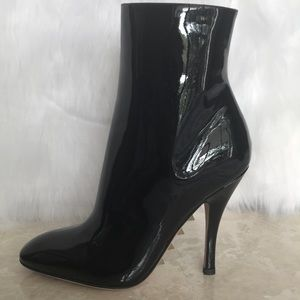 VALENTINO NEW PATENT LEATHER BOOTS